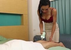 Lady-man Massagist Vicky Tempts Say no to Buyer