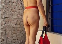 Travesti de coset LUISA, contenta posa desnudita para XVideos y clientes del antro...