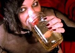 Urinate Drinking 1m