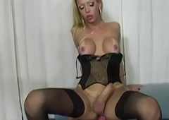 A comely coupled with badass trannie (Full Movies)